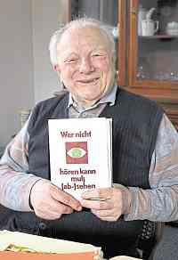 17-06-09 Wagenbach mit Buch